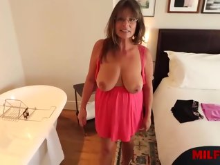 mature , busty , carry , ann , doesnt , mind
